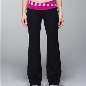 Lululemon Astro pant pink waist black flare